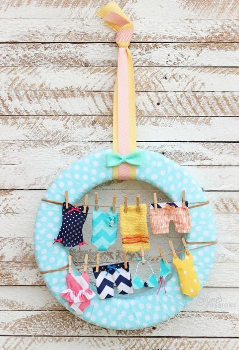 swimsuit clothesline diy summer wreath
