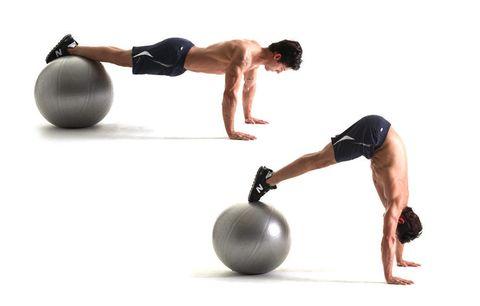 Arm, Leg, Human leg, Human body, Sportswear, Elbow, Shoulder, Chest, Wrist, Physical fitness,