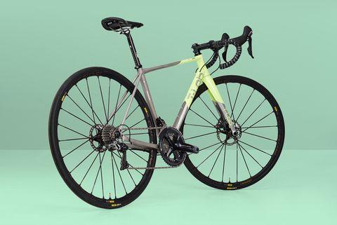T-Lab R3 titanium bike