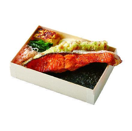 Dish, Cuisine, Food, Ingredient, Ekiben, Japanese cuisine, Meat, À la carte food, Comfort food, Bento,