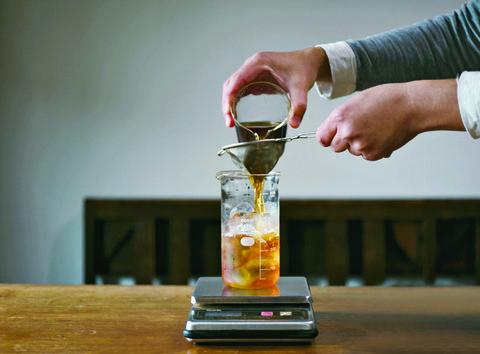 Drink, Liqueur, Distilled beverage, Barware, Hand, Glass, Alcohol,