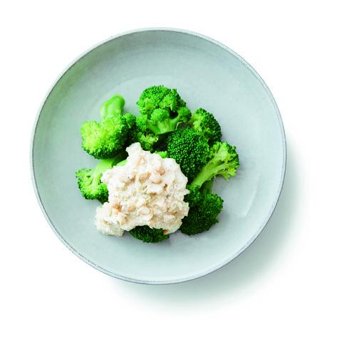 Broccoli, Cauliflower, Leaf vegetable, Cruciferous vegetables, Food, Vegetable, Dish, Cuisine, Produce, Ingredient,