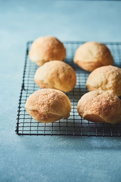 Dish, Food, Cuisine, Baking, Dessert, Ingredient, Baked goods, Bun, Snickerdoodle, Scone,