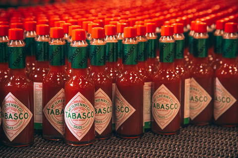 Tabasco pepper, Chili pepper, Bell peppers and chili peppers, Bottle, Drink, Soft drink, Vegetable, Alcohol, Capsicum, Liqueur,