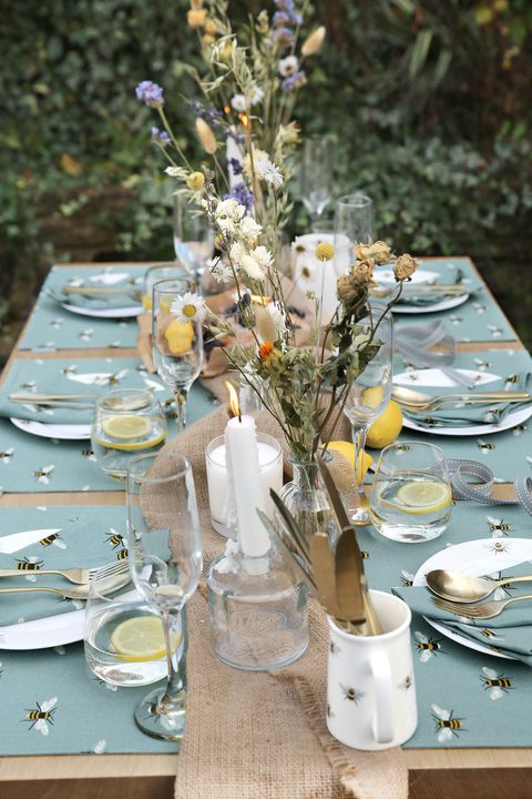 bees teal table setting, sophie allport