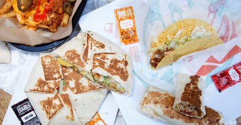 Dish, Food, Cuisine, Ingredient, Junk food, Quesadilla, Comfort food, Fast food, Finger food, Meal,