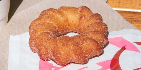 Dish, Food, Cuisine, Ingredient, Baked goods, Ciambella, Cider doughnut, Dessert, Doughnut, Cruller,
