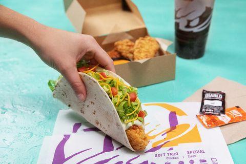 Food, Dish, Fast food, Cuisine, Junk food, Ingredient, Comfort food, Vegetarian food, Meal, American food,