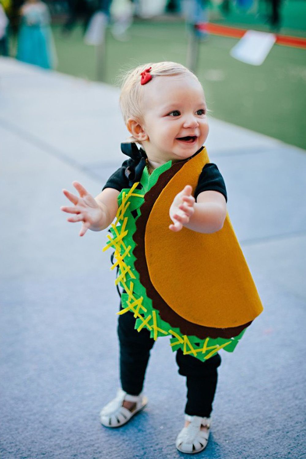 toddler halloween costume  sc 1 st  Good Housekeeping & 14 Toddler Halloween Costumes That Are Too Stinkinu0027 Cute - Creative ...