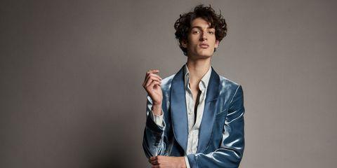 Suit, Chin, Cheek, Outerwear, Human, Blazer, Cool, Photography, Jacket, Gesture,