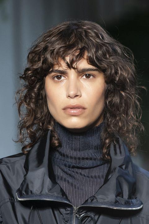 tagli capelli caschetto primavera 2021 viso quadrato