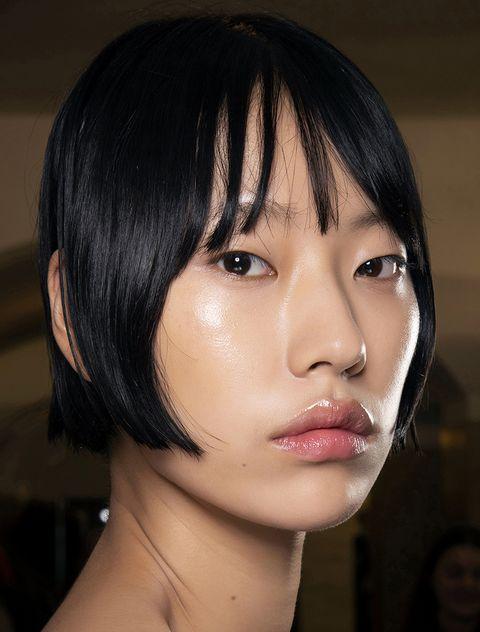 tagli capelli con frangia 2021