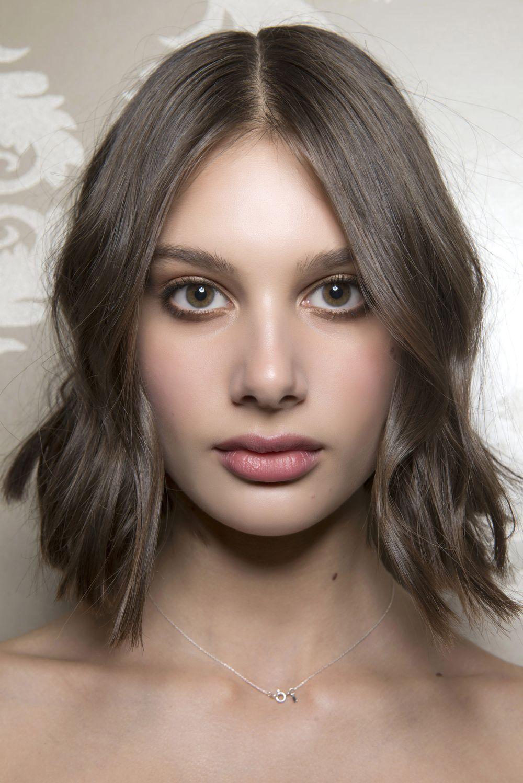 Taglio capelli corti donne caschetto
