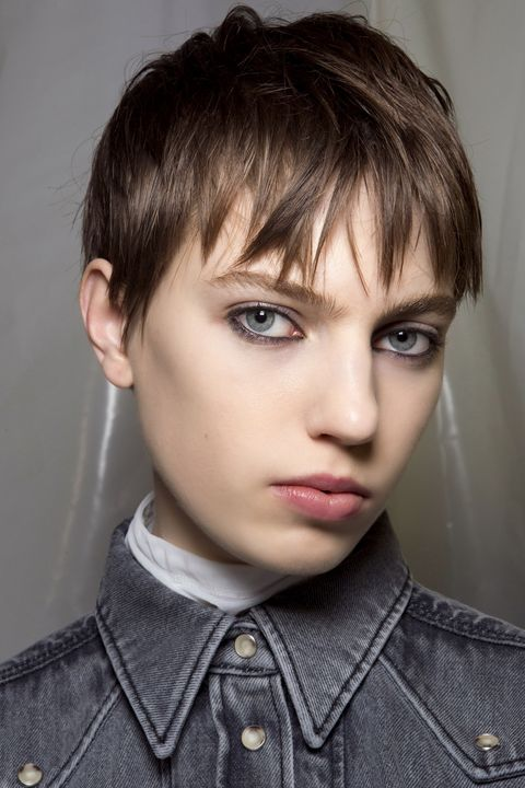 Hair, Face, Hairstyle, Eyebrow, Forehead, Chin, Bangs, Head, Blond, Jaw,