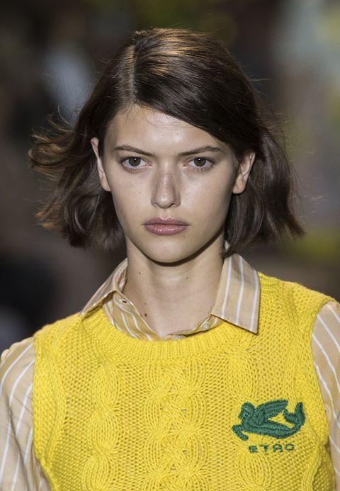 tagli capelli con riga laterale