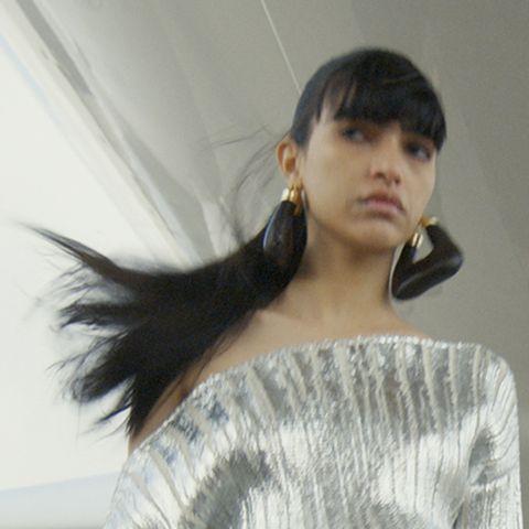 tagli capelli lunghi, le tendenze autunno inverno 20212022