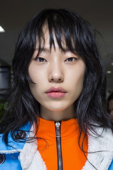 Tagli capelli lunghi scalati Autunno Inverno 2019 2020