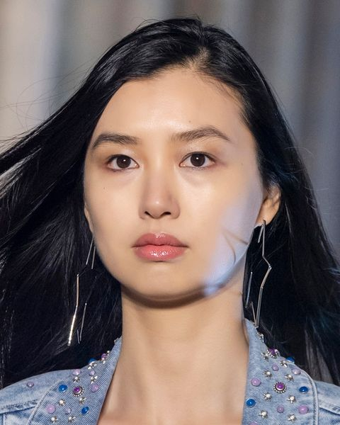 tagli capelli migliori primavera estate 2021 viso tondo