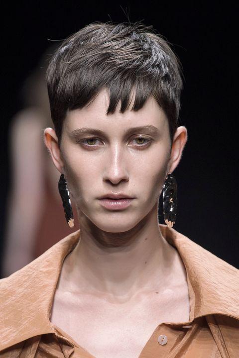 migliori tagli capelli capelli viso allungato primavera 2021