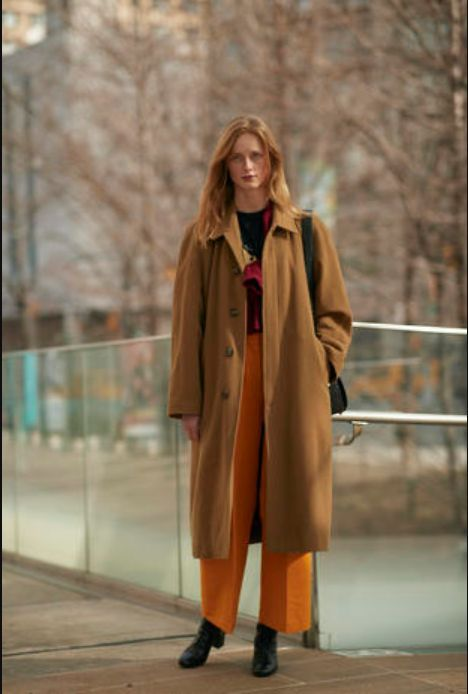 Clothing, Outerwear, Street fashion, Coat, Overcoat, Fashion, Brown, Trench coat, Footwear, Duster,