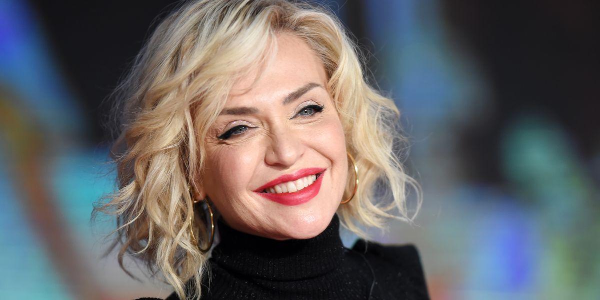 Paola Barale capelli: il nuovo taglio corto rasato è ...