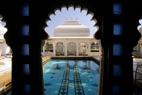 Il Taj Lake Palace hotel in India
