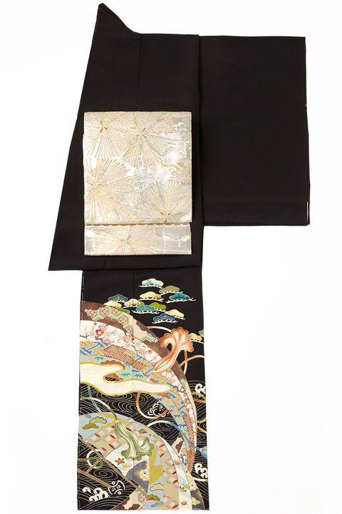 髙島屋 黒留袖×銀の帯