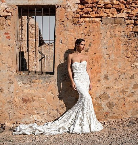 Wedding dress, Gown, Bride, Dress, Clothing, Photograph, Bridal clothing, Shoulder, Bridal party dress, Beauty,