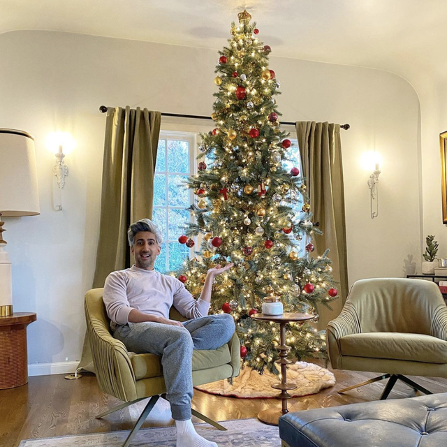 These Celebrities Putting Up Christmas Decorations Early Best Celeb Holiday Decor