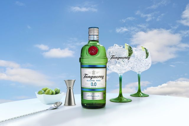 tanqueray nonalcoholic gin now exists and it's perfect with tonic