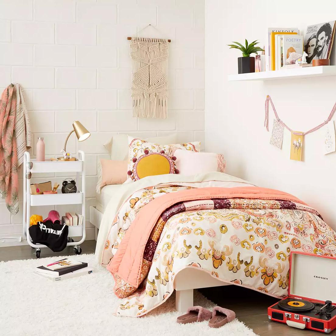 Dorm furniture target Room Chairs Kupinaco Target College Dorm Decor 2018 Best Dorm Finds To Buy At Target