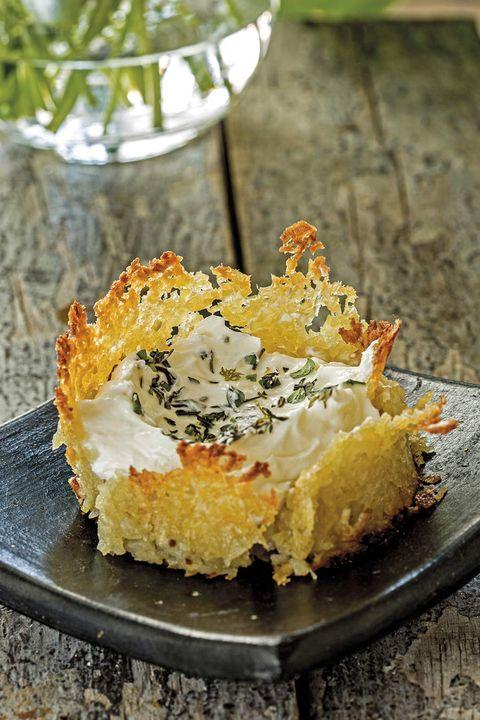 tartaleta crujiente de patata y queso