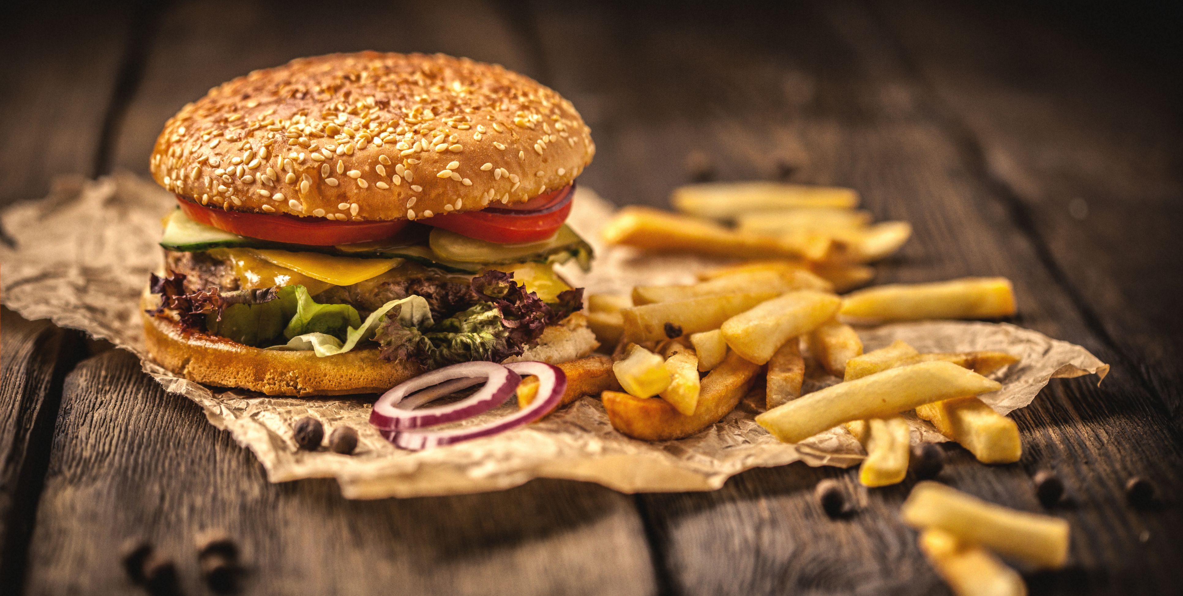 These Top Burger Chains Got Failing Grades for Their Antibiotics Policies