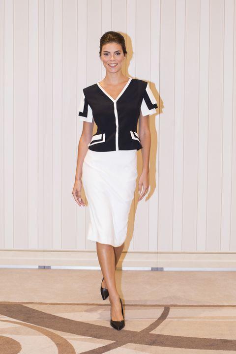 Clothing, White, Fashion model, Fashion, Pencil skirt, Fashion show, Dress, Footwear, Shoulder, Formal wear,