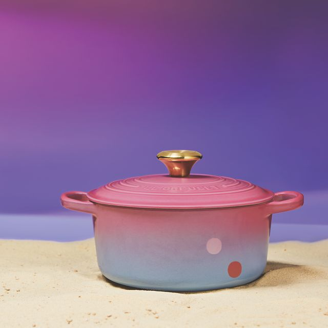 Lid, Pink, Purple, Violet, Cookware and bakeware, Stock pot, Still life, Still life photography,