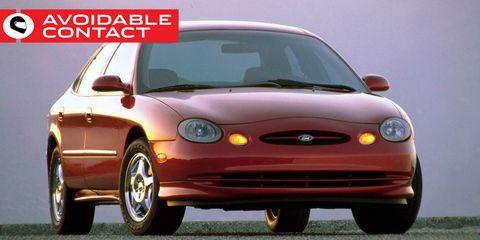Land vehicle, Car, Vehicle, Sedan, Hood, Full-size car, Compact car, Ford, Ford motor company, Mid-size car,