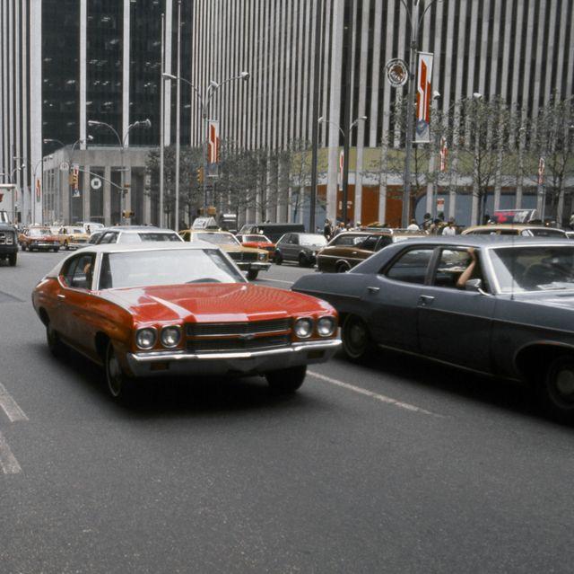 1970年代のNYの街並みとクルマ
