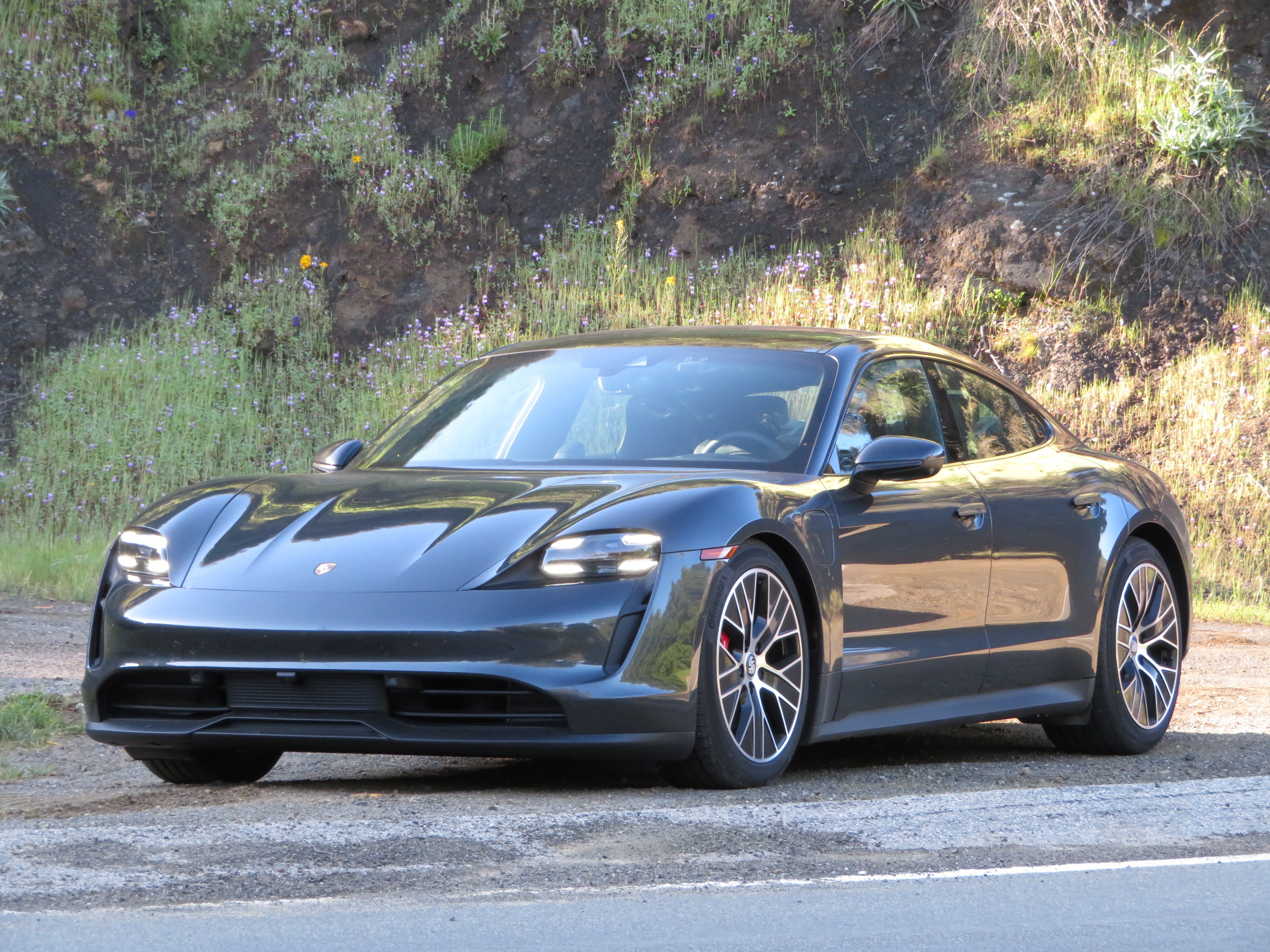 2021 Porsche Taycan 4s Is The Right Amount Of Fast Review Pics