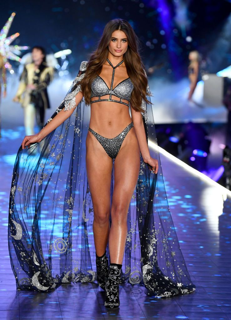 7eb2d7d753 All the Victoria Secret Fashion Show Runway Looks From 2018