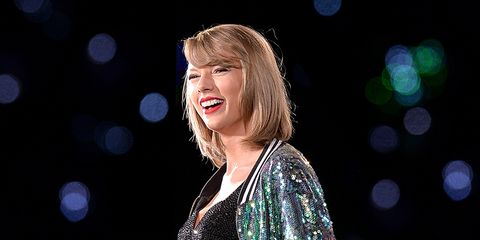 e0acbf0f Taylor Swift Just Sent Two Fans a Super Extravagant Wedding Gift