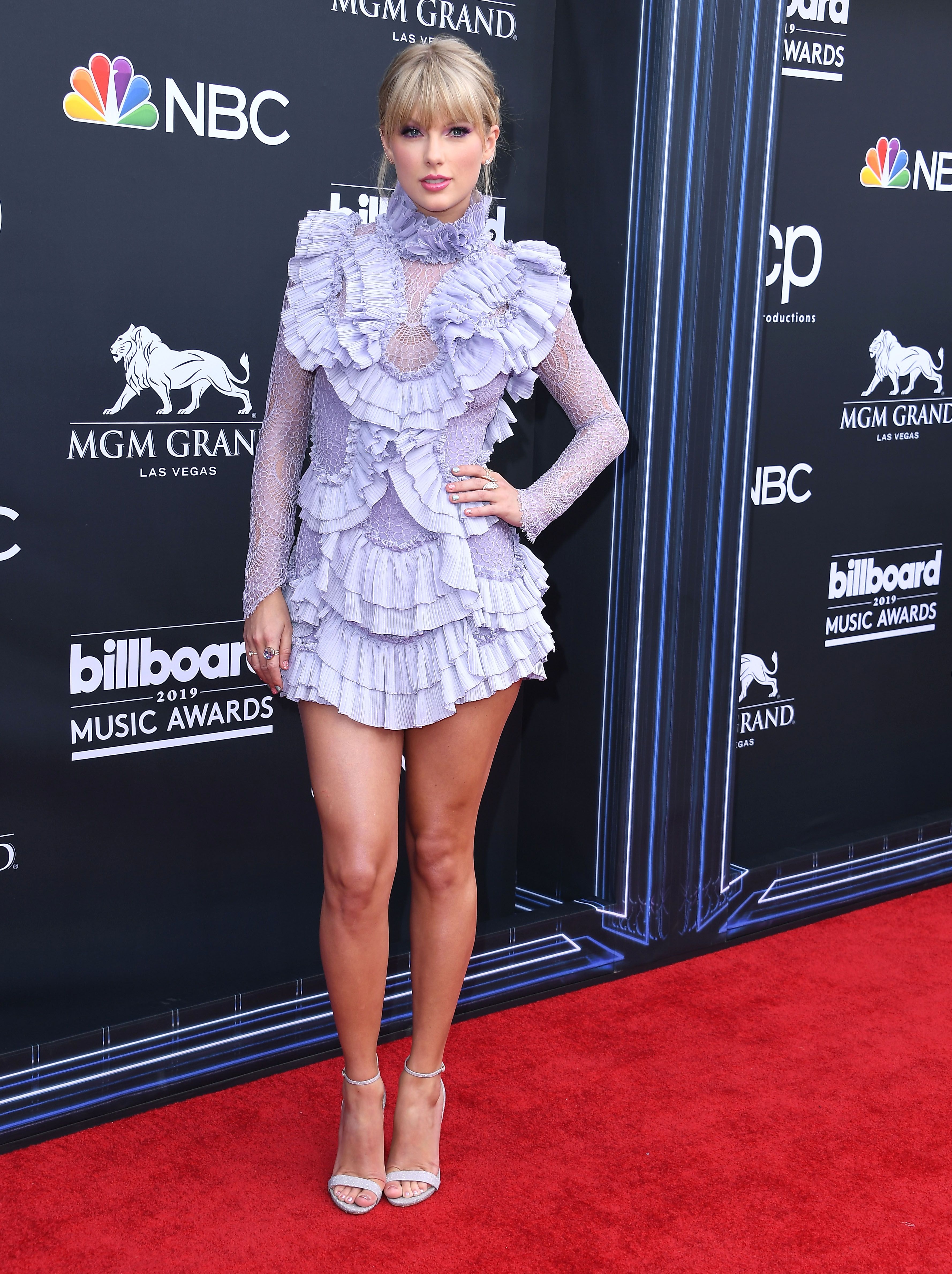 Why Taylor Swift Wasn T At The 2020 Billboard Music Awards