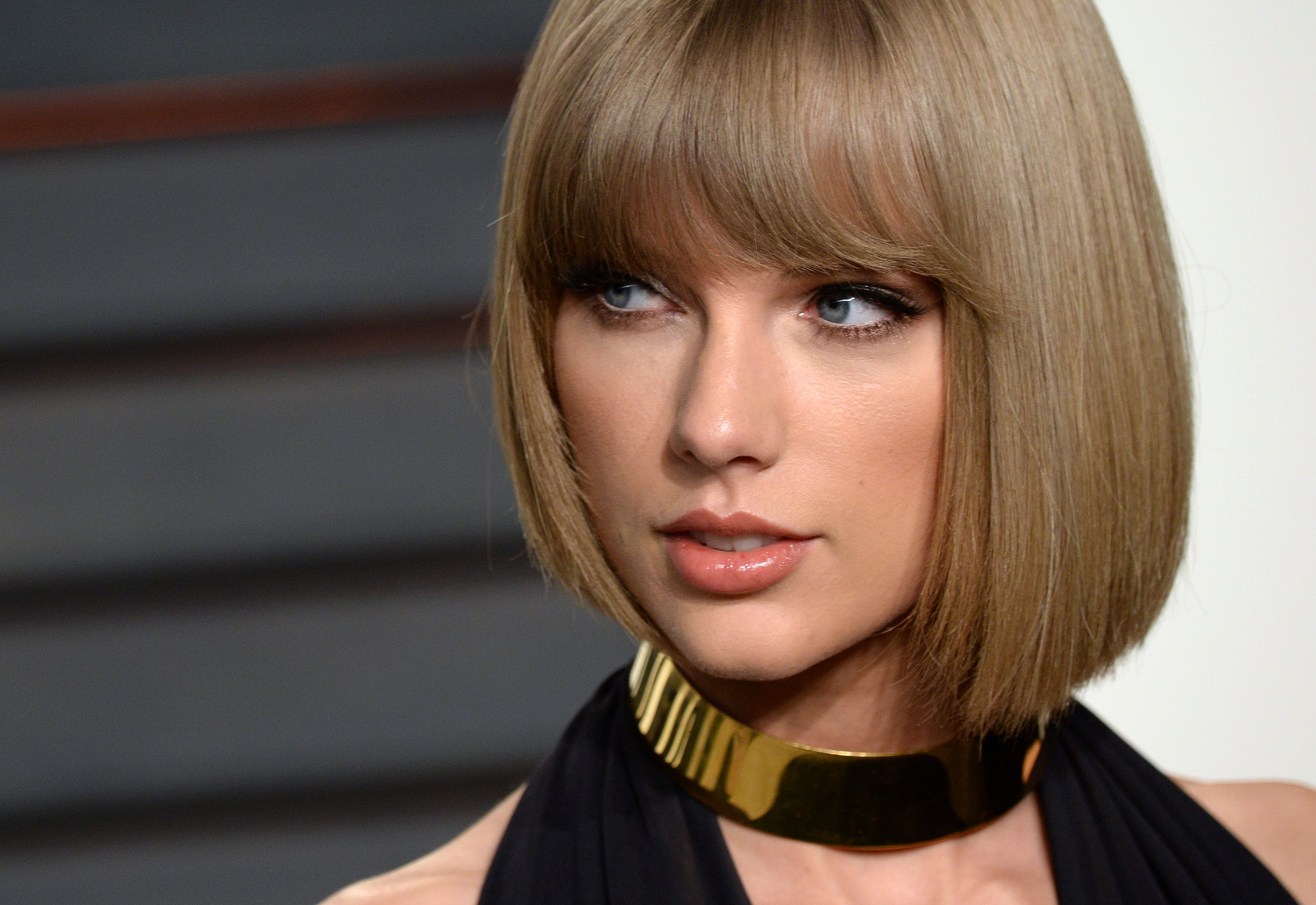 How Taylor Swift Feels About the Backlash She's Getting for Her Scooter Braun Statement