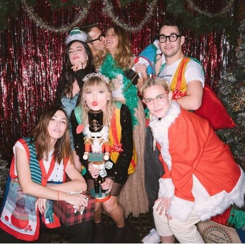 Taylor Swift S Thirtieth Birthday Party Pictures Details