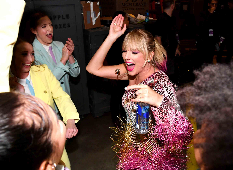 Drunk Taylor Swift Video Twitter Reactions