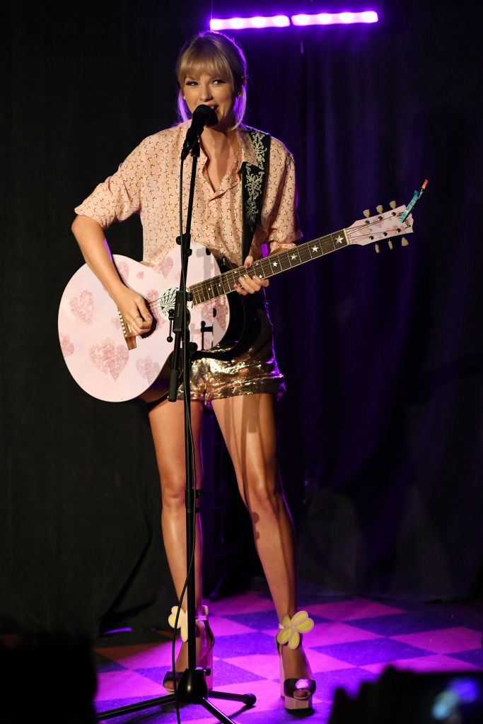 Watch Taylor Swift's Surprise Performance at Stonewall to Celebrate Pride Month