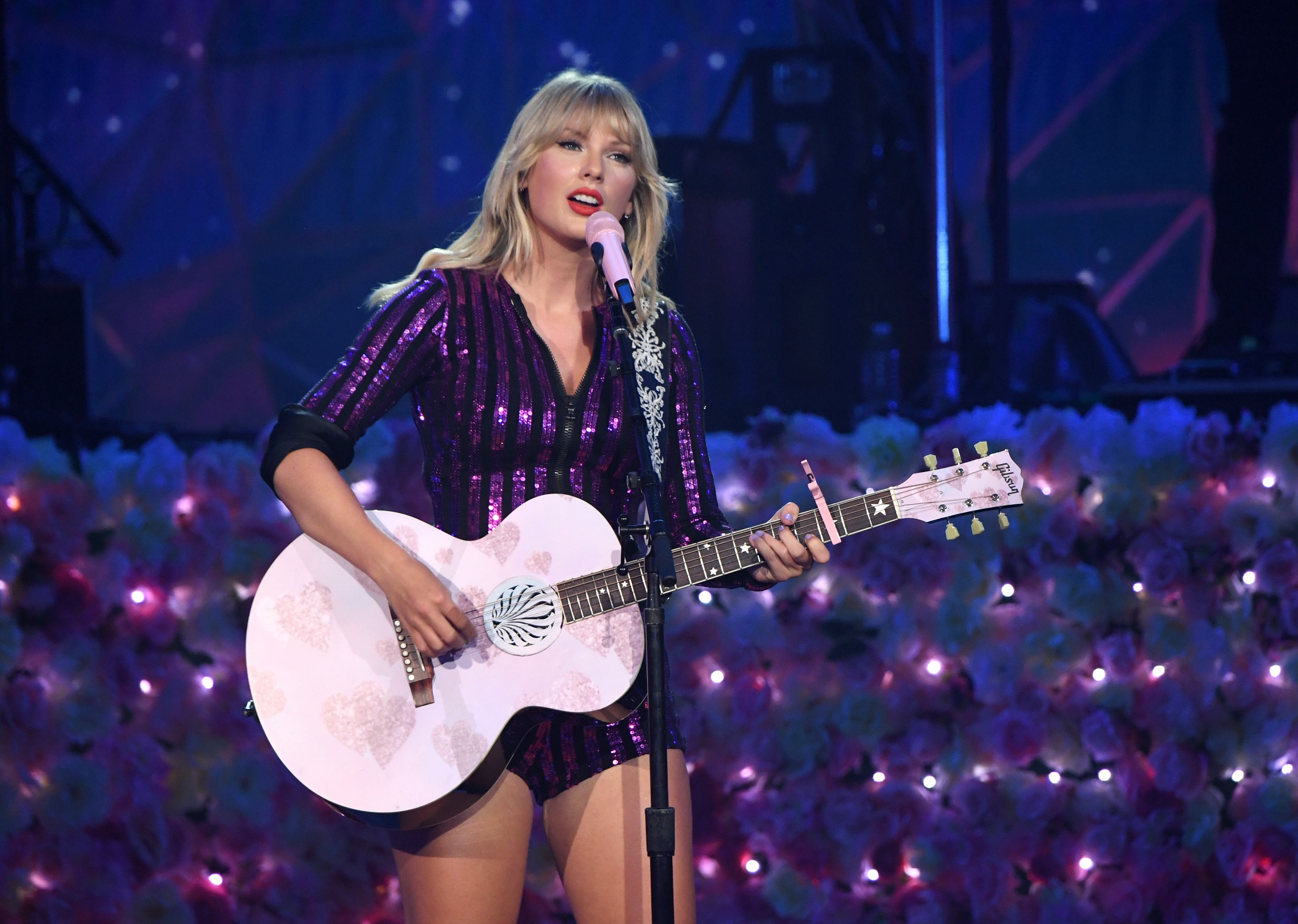 Taylor Swift S City Of Lover Concert Special To Air May 17