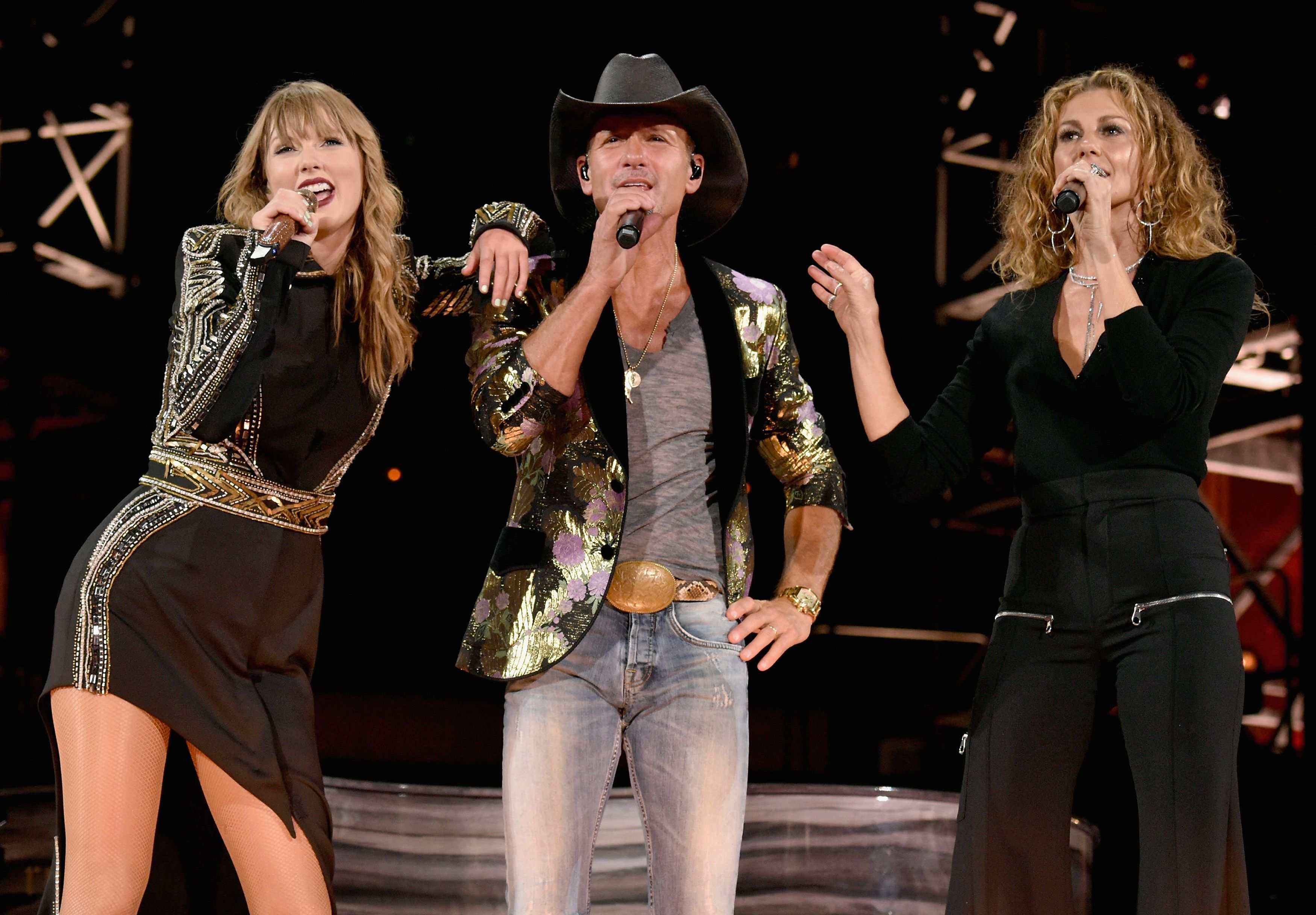 Tim Mcgraw And Faith Hill Sing Tim Mcgraw With Taylor Swift
