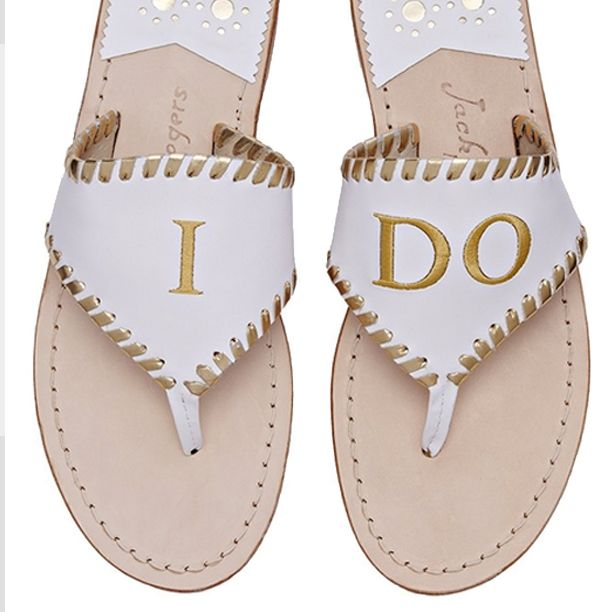 daabcedbe37dc2 24 Chic Beach Wedding Shoes