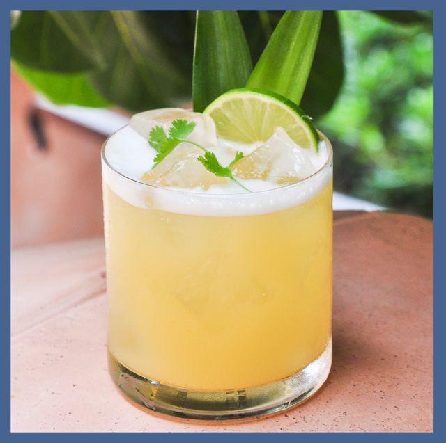 Drink, Cocktail garnish, Alcoholic beverage, Pisco sour, Non-alcoholic beverage, Classic cocktail, Food, Cocktail, Batida, Distilled beverage,