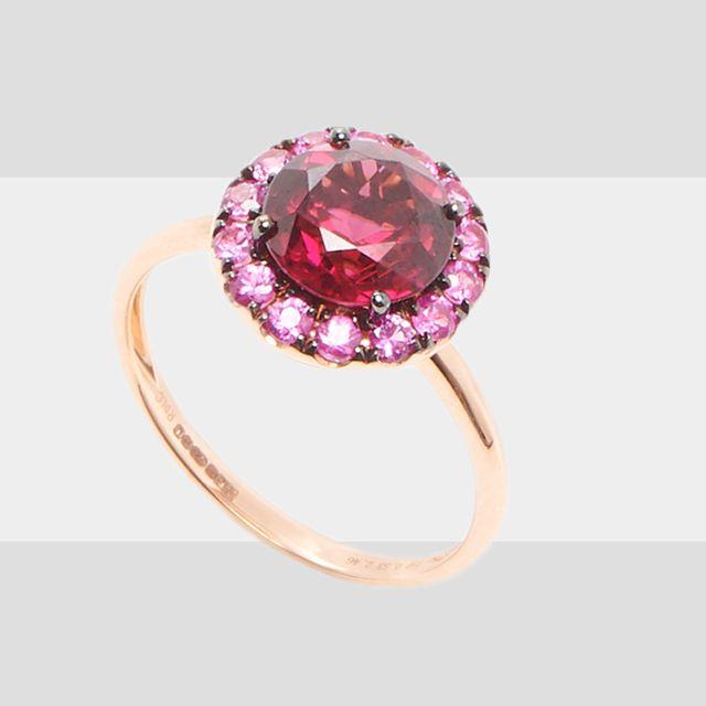 Jewellery, Fashion accessory, Gemstone, Ruby, Body jewelry, Red, Diamond, Pendant, Maroon, Chain,